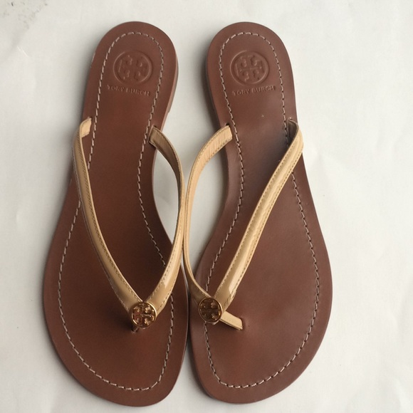 60788618e99d Tory Burch Terra Nude Patent Flip Flops 7.5. M 5a3d3b5a8290af61d2020866